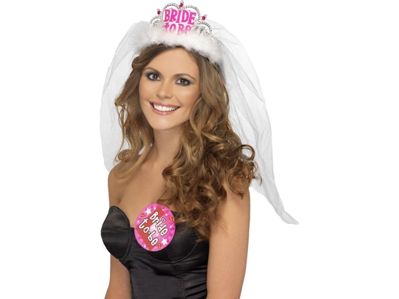 Korunka se závojem - Bride to be - bílá